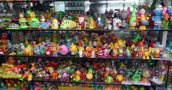 toys-wholesale-china-yiwu-230
