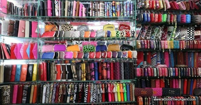 bags-purses-luggage-wholesale-china-yiwu-057