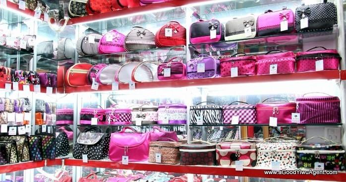 bags-purses-luggage-wholesale-china-yiwu-111