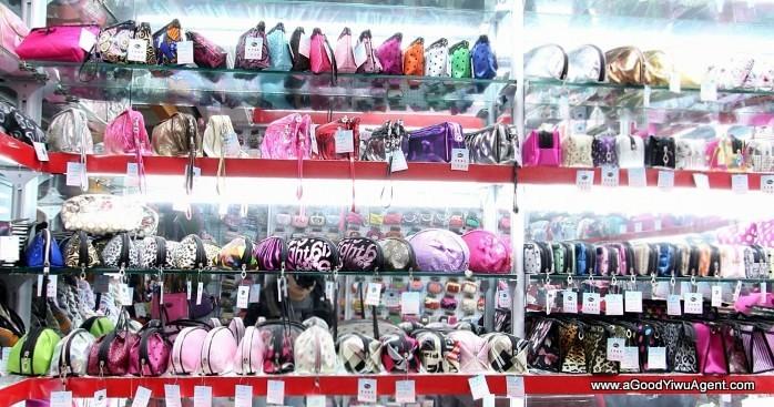 bags-purses-luggage-wholesale-china-yiwu-112