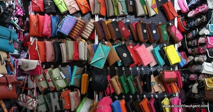 bags-purses-luggage-wholesale-china-yiwu-132
