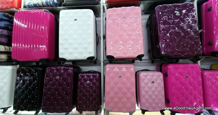 bags-purses-luggage-wholesale-china-yiwu-135