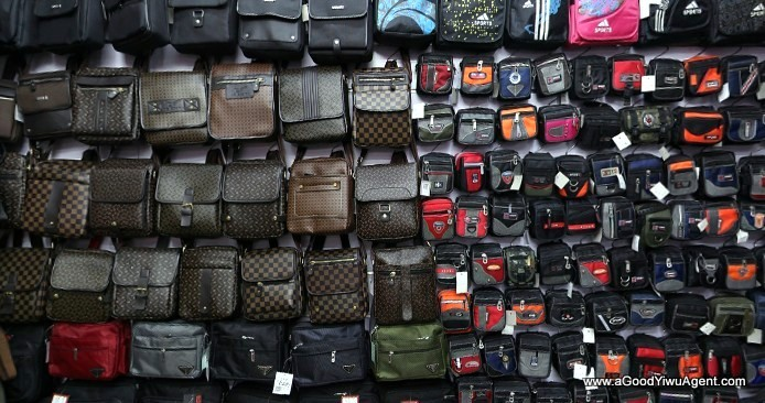 bags-purses-luggage-wholesale-china-yiwu-273