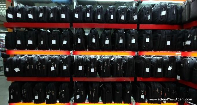 bags-purses-luggage-wholesale-china-yiwu-331
