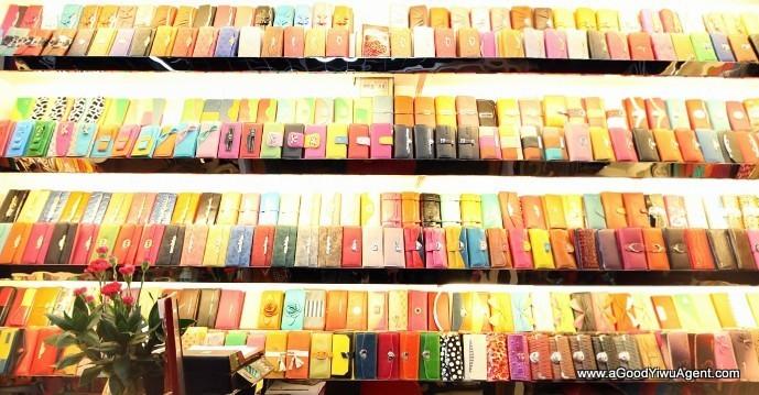 bags-purses-luggage-wholesale-china-yiwu-395