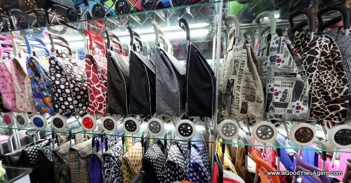 bags-purses-luggage-wholesale-china-yiwu-397