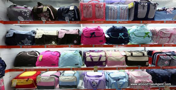 bags-purses-luggage-wholesale-china-yiwu-450