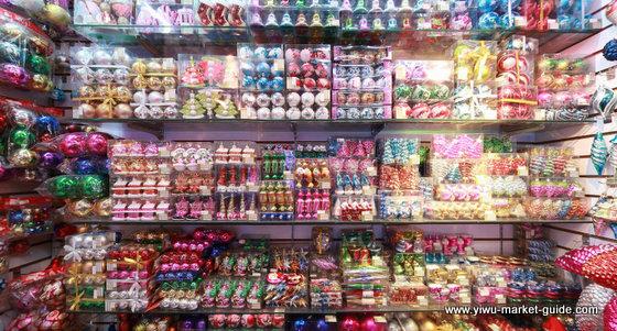christmas-decorations-wholesale-china-yiwu-043