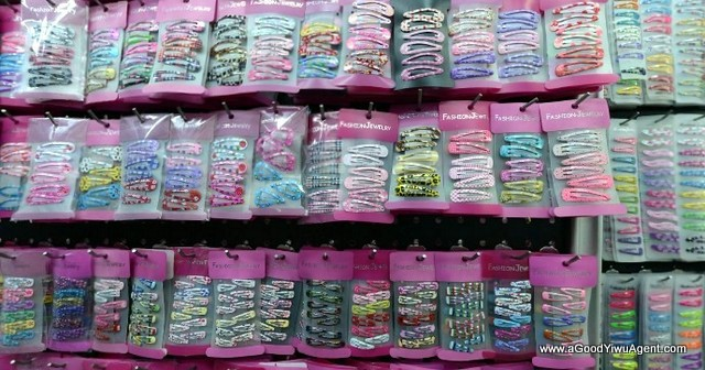 hair-accessories-wholesale-china-yiwu-124