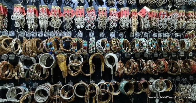 jewelry-wholesale-yiwu-china-017