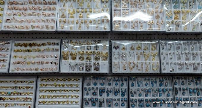 jewelry-wholesale-yiwu-china-045