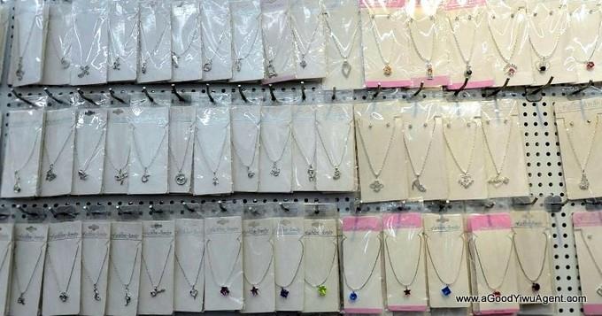 jewelry-wholesale-yiwu-china-057