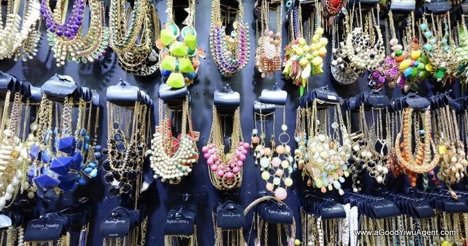 jewelry-wholesale-yiwu-china-081