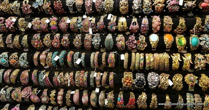 jewelry-wholesale-yiwu-china-211