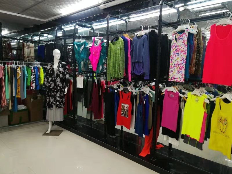 leisure-wear-sports-tops-yiwu-China