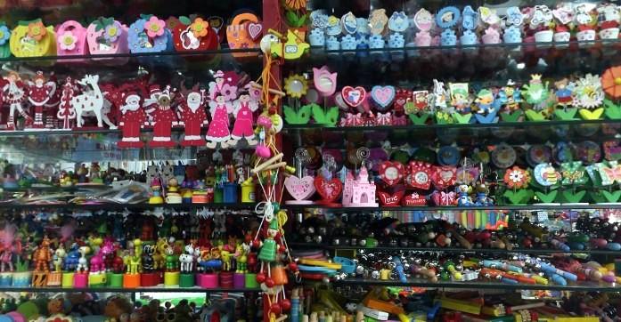 toys-wholesale-china-yiwu-303